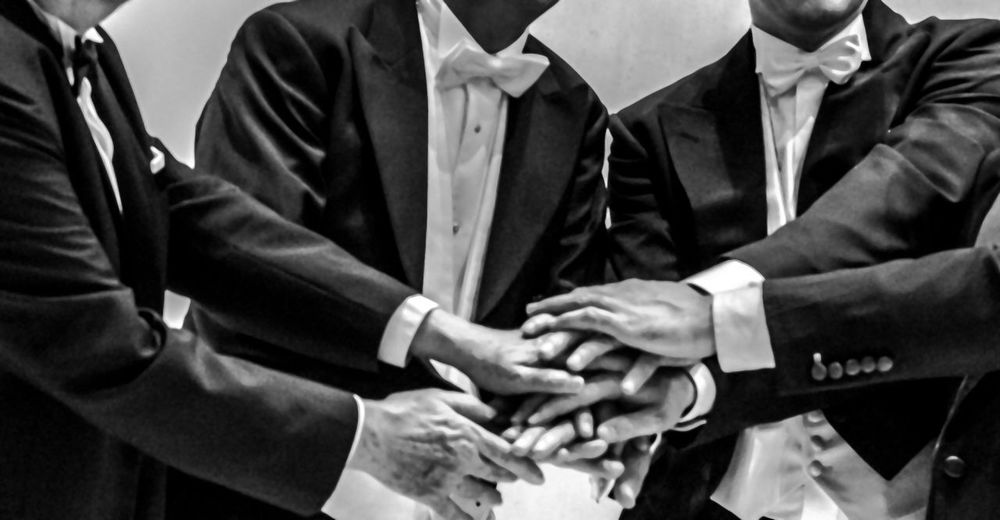 Friends This Is Masculinity Tuxedo Bow Tie Close Up Close-up Friendship Human Hand Men Outfitoftheday Togetherness