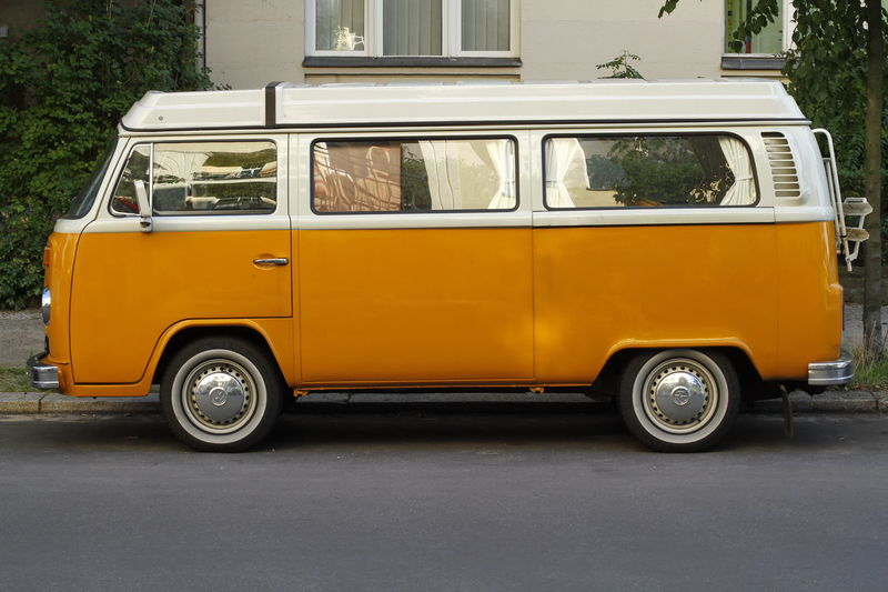 Bulli Camping Travel Architecture Bully Camper Van Car Caravan City Day Land Vehicle Mobile Home Mode Of Transport No People Outdoors Retro Styled Road Stationary Street Transportation Van