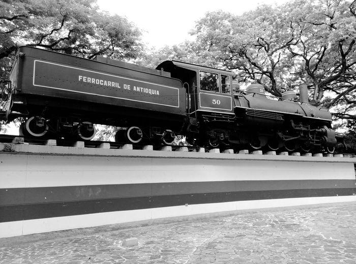 Locomotora Ferrocarril De Antioquia Parque de Puerto Berrío