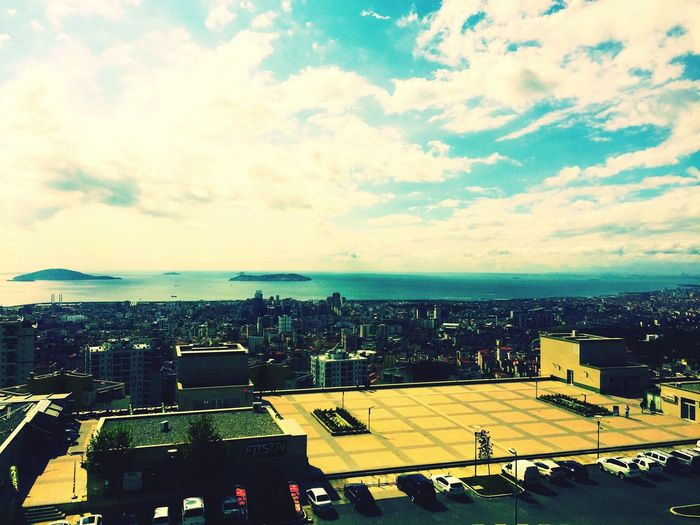 Sky Sea City Cityscape City Life Day Hayat Life Bakış Hello World Kainat Doğa Nice Day Mutluluk Sunset Blue Etkileyici Enjoying Life