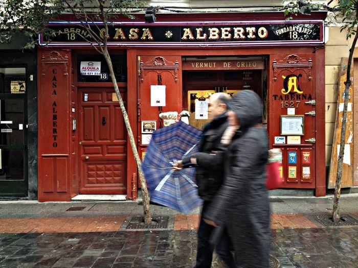 IPhone 4S Madrid Barrio Las Letras Café In Madrid