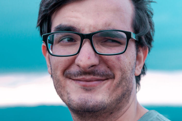 Portrait Looking At Camera Headshot One Man Only One Person Adults Only Only Men Adult Human Face Front View Human Body Part Close-up Eyeglasses  People Young Adult Real People The Week On EyeEm Smiling Happiness Day Outdoors