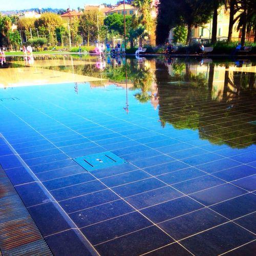 Une fierté de vivre en région PACA Couléeverte Miroir D'eau Nice06