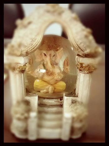 Jai shri lord Ganesha ....