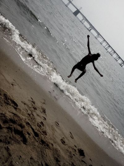 Throwbackk. Sandy Point. Mid-air Picture