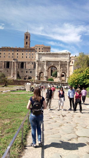 Roma Travelling Ancient Civilization Architecture Building Exterior Day Forum Romanum History Large Group Of People Leisure Activity Outdoors People Tourism Travel Destinations Women