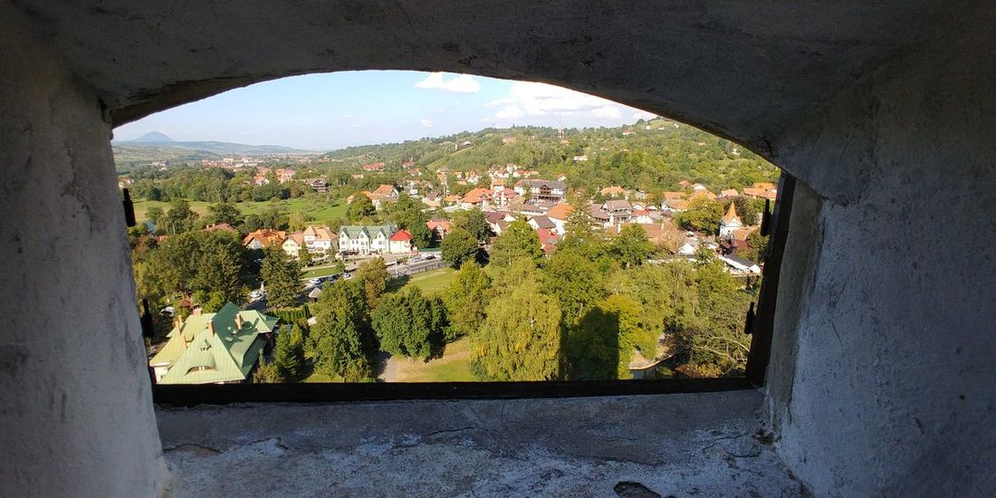 The view ... EyeEmNewHere Travel Photography Travelbug Wanderlust LGV30photography LGV30Plus New Discovery Europe Romania Transylvania Bran Castle Autumn Tree Architecture Sky Built Structure Building Exterior Fall Autumn Collection