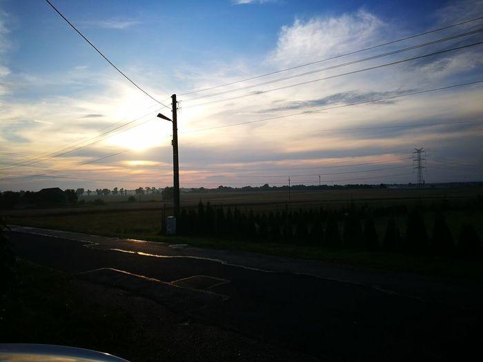 Bird Sunset Water Flying Silhouette Technology Sky Cloud - Sky Grass