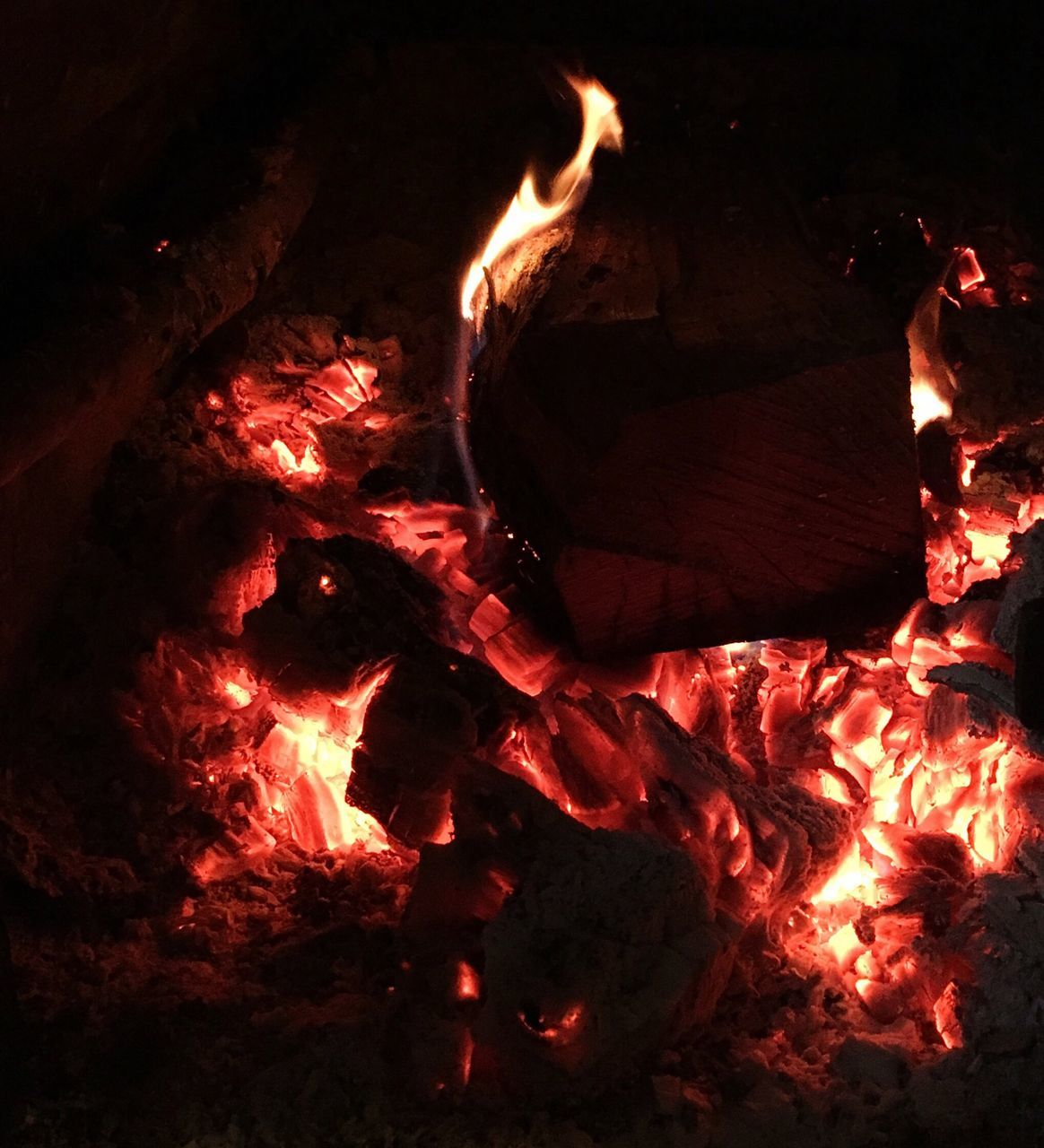 heat - temperature, flame, burning, glowing, night, fire, bonfire, no people, full frame, outdoors, close-up, nature