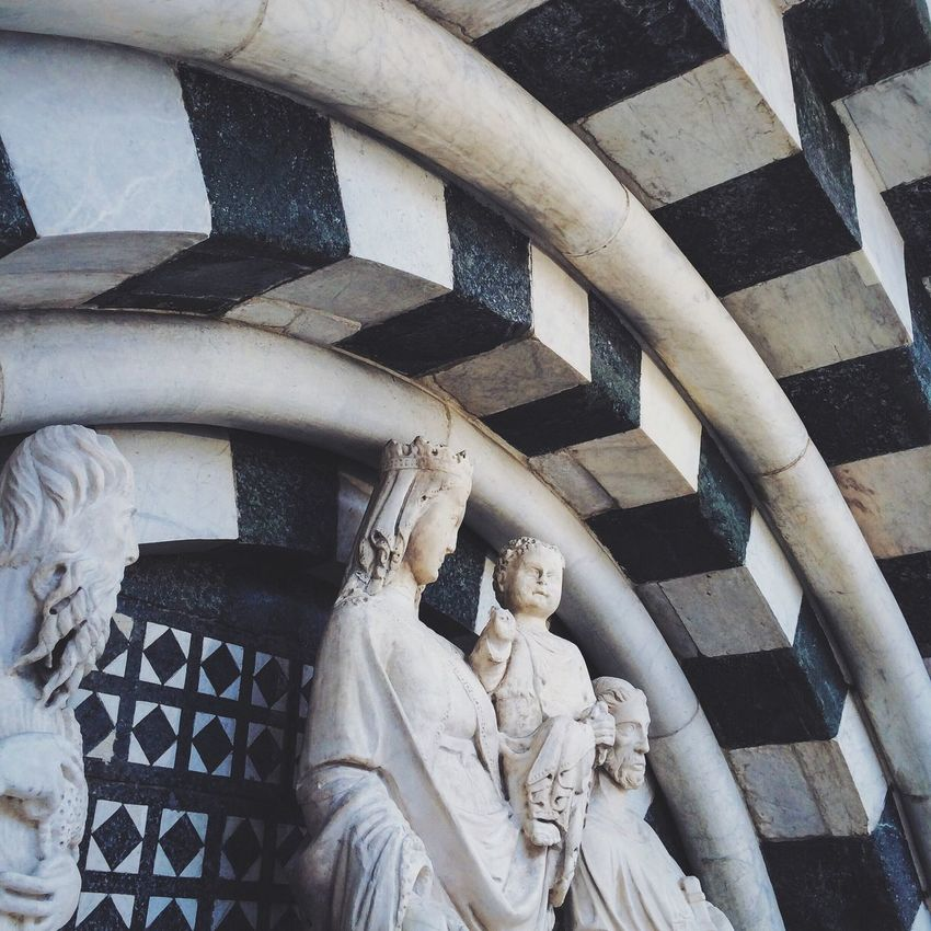 A closer view of baptistery of San Giovanni in Corte. NEM VSCO Submissions NEM Submissions NEM Architecture Travel Photography Throw A Curve