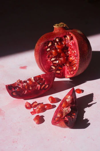 pomegranate Pomegranate Pomegranate Seed Red Red Color Pink Color Juice Juicy Fruit Fruits Berry Light And Shadow Seeds Close-up Still Life StillLifePhotography Pomegranate Seed Pomegranate Fruit Red Studio Shot Sweet Food Close-up Food And Drink Halved Seed Ready-to-eat Fruit Juice Served