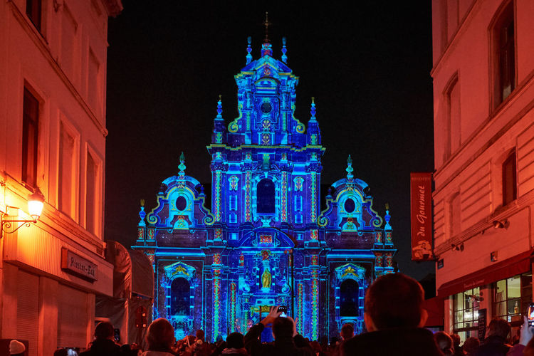 Brussels Festival of lights 2019 - Building Exterior Built Structure Architecture Night Illuminated Large Group Of People Crowd Group Of People Building Travel Destinations Real People Tourism Place Of Worship Travel Religion Belief Spirituality Women Festival Festival Of Lights Bruxelles Belgique Lights Projections Multicolors