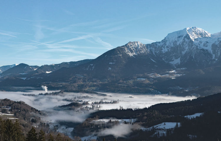 Nebel im Tal Alpen Berchtesgadener Land  Berge Nebel Nebelmeer Beauty In Nature Berchtesgaden Clear Sky Day Landscape Mountain Mountain Range Nature No People Outdoors Scenics Sky Tal Tranquil Scene Tranquility