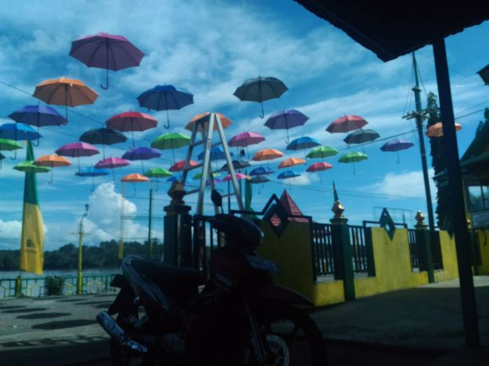 Sky Mobilephotography Manualmode ZenfoneSelfie Zenfone Photography Amateurphotography INDONESIA Umbrellas
