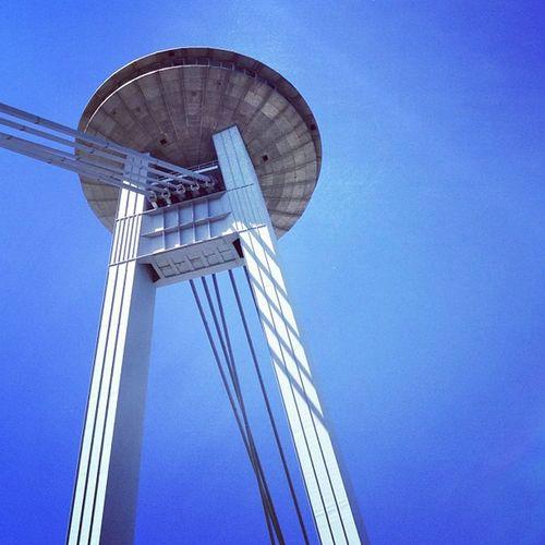 UFO Bratislava #hudson #blue_sky #restaurant #slovakia #jj_forum #jj #o2_travel Hudson Restaurant Slovakia Jj  Jj_forum Myhometown O2_travel 40_anniversary Blue_sky