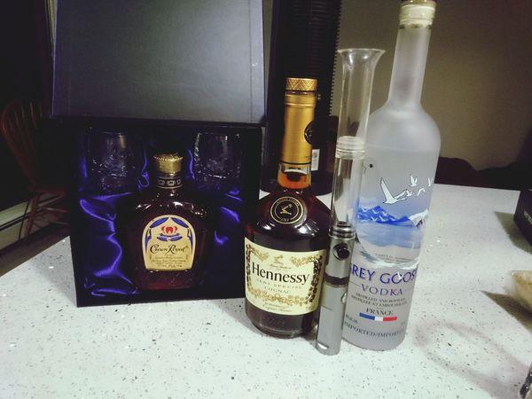 Its a night Henessy Crown Royal Vape