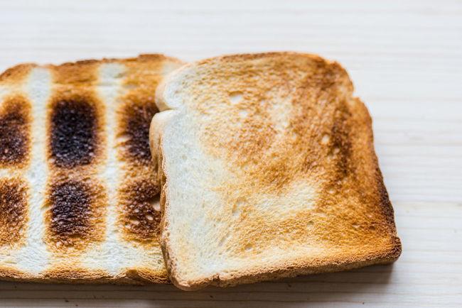 Breakfast Browning Burning Food And Drink Toast Toasted Acrylamide Bread Browning Rifle Crisp Crunchy Crunchy & Sweet Flavor Food Sliced Sliced Bread Toasted Bread Toast🍞