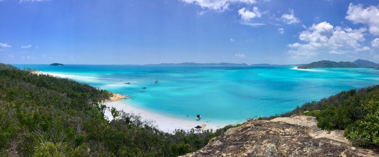Finished a wonderful trip with my lovely friend. This is the most beautiful beach I have ever seen in my life. Betty's beach at one of the Whitsundays islands. Famous by its 98% silica sand, no matter how much sunscreen you put on, sunburn still happens. Happy new year to everyone! Hope you have a wonderful 2018! Best EyeEm Shot Best EyeEm Shot Island 2018 Wonderful Whitsunday Islands Silica Sand Blue Sand Outdoors Tranquil Scene Travel Destinations High Angle View Vacations Leisure Activity Cloud - Sky Tranquility Horizon Over Water Day