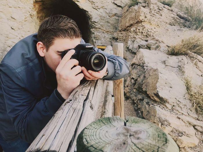 Faro Albir Canon Fotography Photography Themes Camera - Photographic Equipment Photographing Photographer Holding One Person Digital Camera