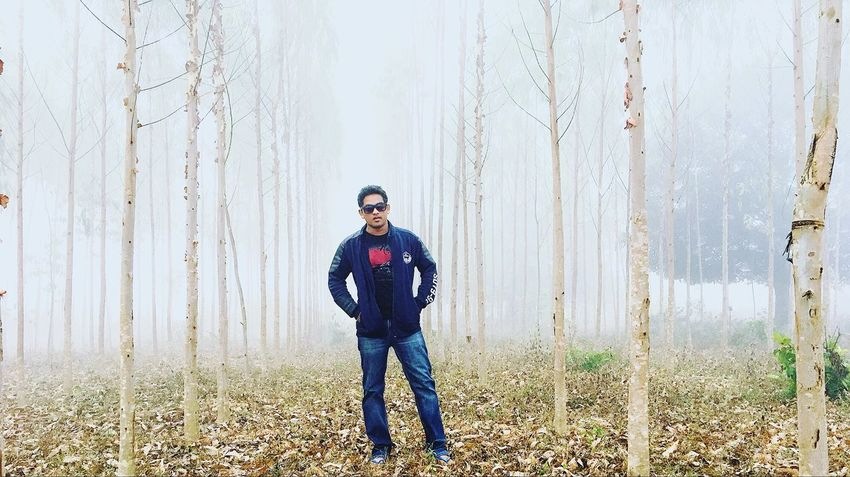 Represent your style of work )) foggy snap One Person Portrait Nature Front View Only Men Adults Only Forest Winter One Man Only Outdoors Full Length Day Real People People Adult Tree Sports Clothing Warm Clothing Young Adult Human Body Part Is This Naughty? Is Beautiful View, Nature, And Life ❤