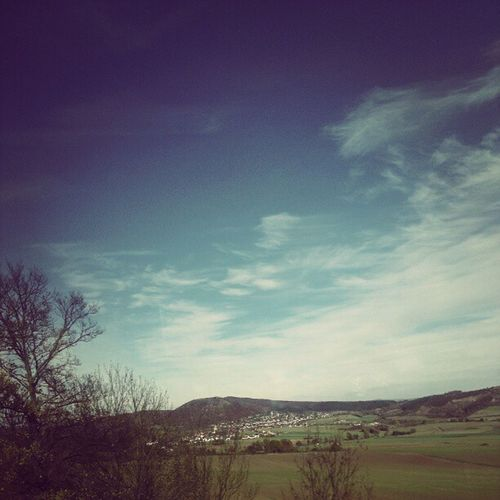 Nun: Blauer Himmel. #HIP2012 Wo is die kurze Hose? :-D Schöneswetter Hip2012 Sonne Herbst Hessen Busfahrt