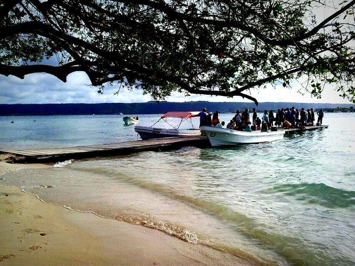 Embarcando Chichiriviche Estado Falcon Morrocoy Águas Cristalinas Peñero Playa