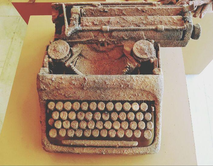 Palacio Das Artes Exposition Culture Typewriter Artist Roberto Vieira Old Object Arqueology History