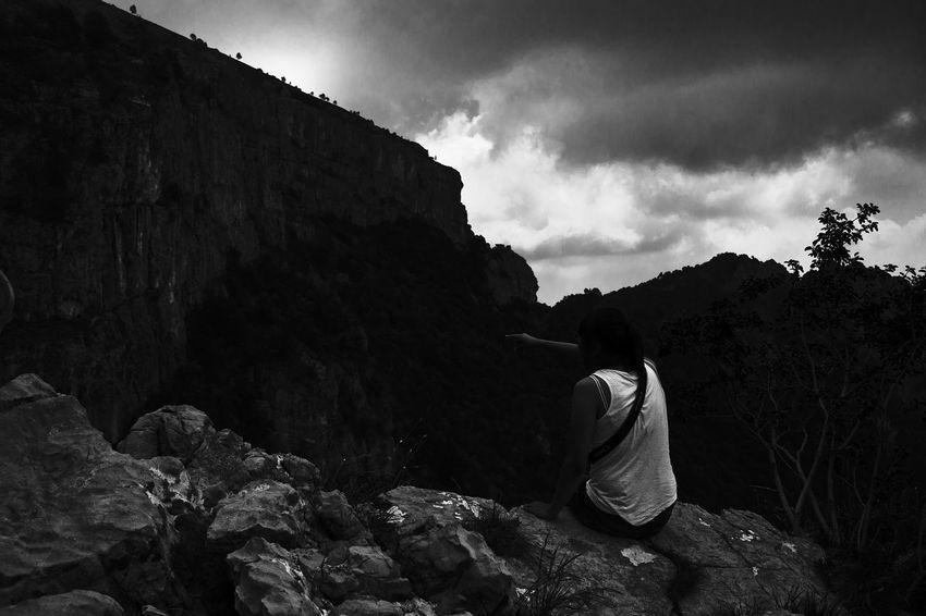 Blackandwhite Blackandwhite Photography Landscape_photography Diciamostopagliabusi Maiunviso Maiunsentimento Cloudporn Loneliness Limiti Umani