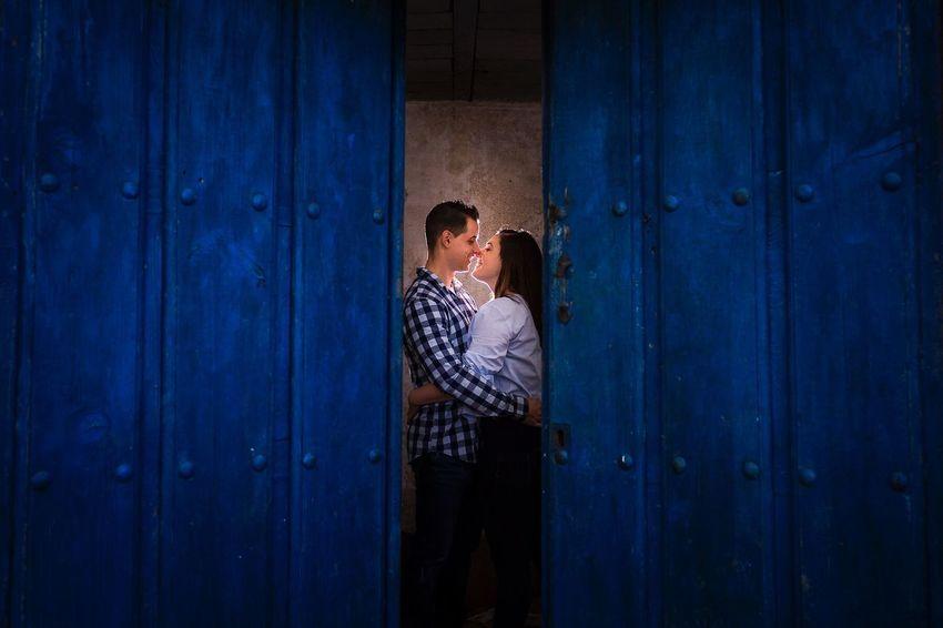 JohnnyGarcía Wedding Photography Couple - Relationship Weddingphotography Photography SPAIN Couple Wedding Photos Bride And Groom Weddingphotographer Salamanca Extremadura Colors Blue