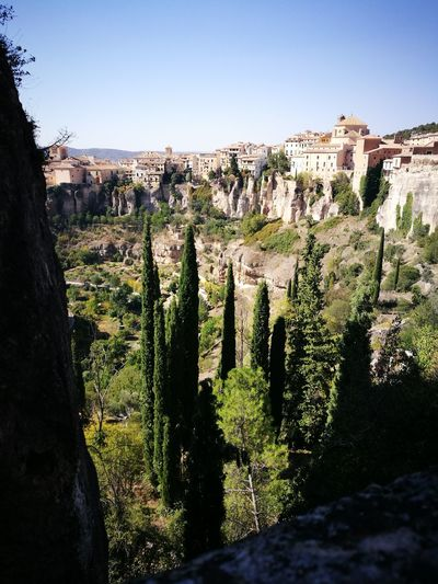 Landscape Outdoors Houses On Hill Panoramic Views Panorámica Discovering Spain Day Outside Colors Of Nature View Sky Beauty In Nature Nature Cuenca única Cuenca Preciosa Cuencamountain Cuenca, Castilla La Mancha, Spain Cuenca Casco Antiguo View Point Cuenca ♡ Cuenca, Spain Sunny Day Sun Light Sun ☀