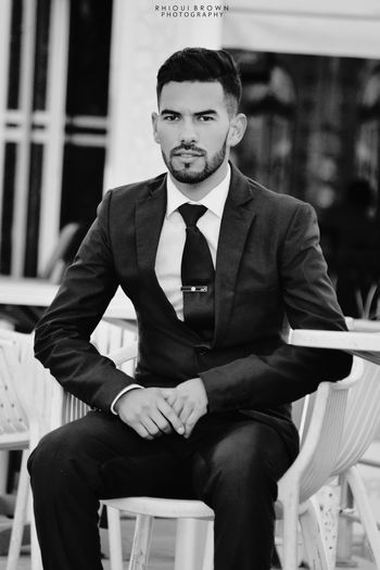 Only Men Businessman Business Sitting One Person Business Person Portrait People Well-dressed Suit Outdoors City Mature Adult Meknès Morocco Men Fashion&love&beauty Fashion Photography Goalkeeper Handsome😍 Handsome With Style Debonair Lifestyle Lifestylephotographer follow f4f followme TagsForLikes TFLers followforfollow follow4follow teamfollowback followher #followbackteam #follow Followphotographer