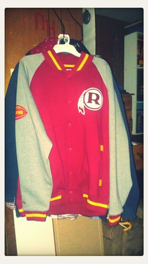 I want to wear it so bad!! #Redskins