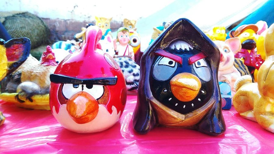 Why you gotta be so Angry? 😖 😂 Last Pic Of The Day. In Peru pottery Fairs are made in little Towns to Celebrate usually a Religous Holyday. 🙏😇 However, nowdays a lot of them choose to recreate modern and popular images, with the goal of getting new and younger clients. 🙋✌😁😂 More Pics To Come Sacred Valley Valle Sagrado Urubamba River Yucay Pottery Art Angrybirds Eyem Best Shots Eyem Gallery Eyem Best Edits PhonePhotography Cusco, Peru Home Is Where The Art Is The EyeEm Collection Traditional Eyemcolorphotos 43 Golden Moments Colour Of Life