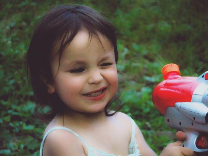 Giving some refreshment 💦 Enjoying Life Little Girl Portrait Of A Child Fun Color Portrait Portrait EyeEm Best Shots - People + Portrait Water Gun Untold Stories Capture The Moment