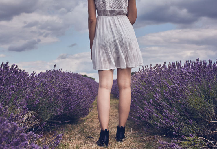 Mayfield Lavender Fields - Surrey Lavender Field England Female Model Lavender Low Section Mayfield Lavander Farm Model No Face The Week On EyeEm Perspectives On Nature The Great Outdoors - 2018 EyeEm Awards