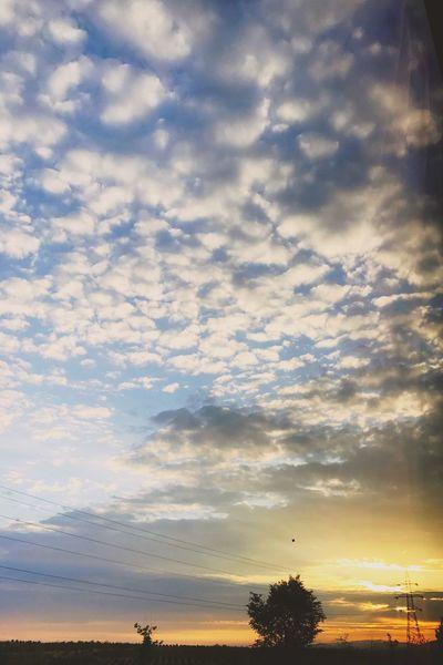 Sabah Güneşi Yol Ve Yolculuk Bulutlar