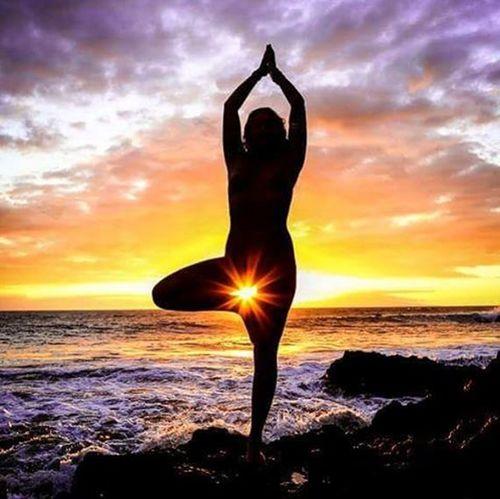 Sea siren Maui Artnude Beautiful Goddesses Freethegoddess Blessed  Youonlyliveonce Befree Amazing Model Love Beauty Mauiphotography Mauinokaoi Mauiportraits Sea Seanymph Siren Seasiren Hawaii Vixen Nature Girls Paradise Yoga yogalove yogaeverydamnday yogagirl yogaeverywhere @amandolin33