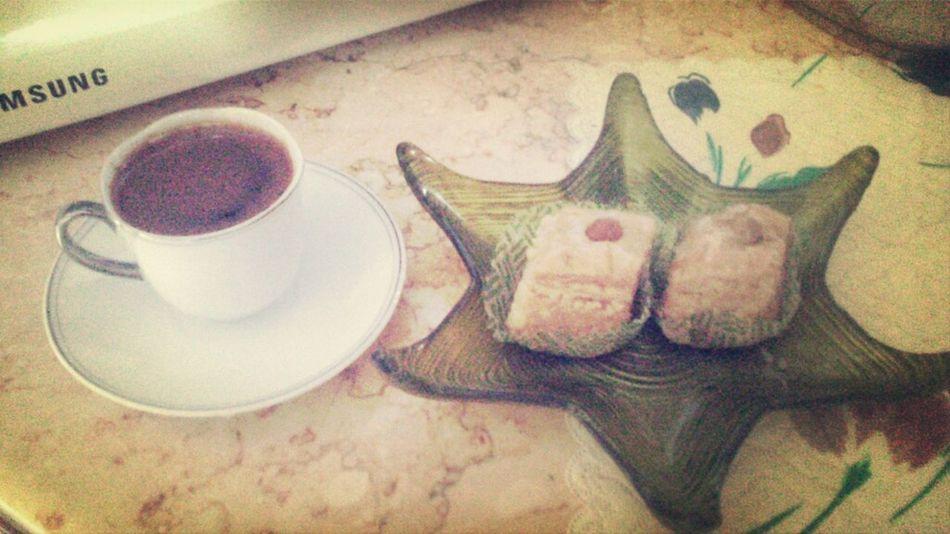 قهوتي مع بكلاوة من فاتحة جيرانيx) قهوة تايم