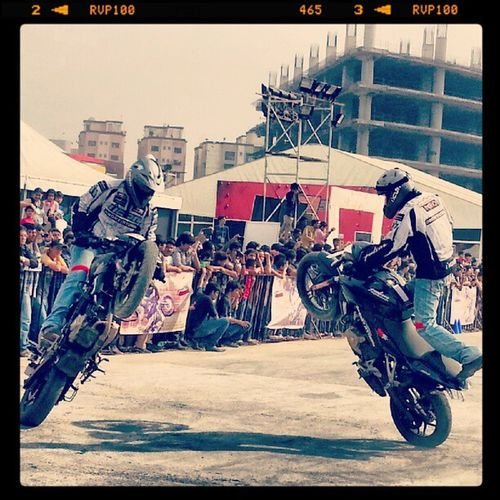 Stuntmania Stunt Wheelie Bike bikers riders