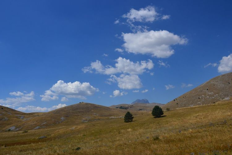 Cloud - Sky Landscape Nature Italy Abruzzo Cloud - Sky Sky Landscape Nature Scenics Rural Scene No People Mountain Blue Beauty In Nature Outdoors Day Field