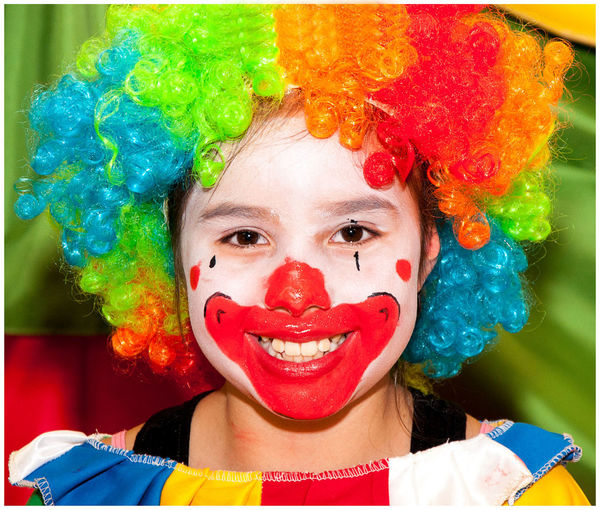 Celebration Children Only Clown Looking At Camera Multi Colored Payaso Feliz