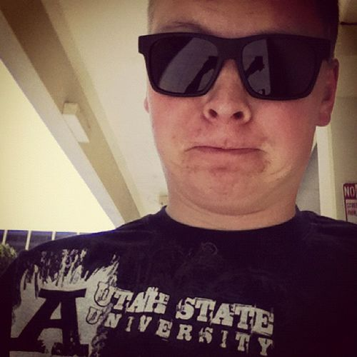It's game day once again... And I'm do excited!!!! Aggies Usuaggies Utahstate