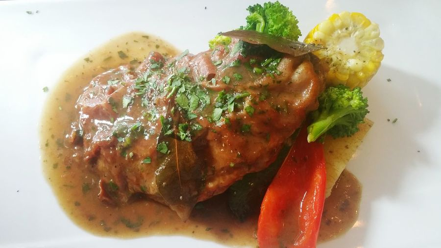 Vealchop Italian Food Lunch Yammy  Dinner Foodie Holiday Lunch Delicious