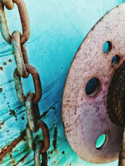 Chain and Pulley The Innovator Rustlord Rustlord_communitythrive Rustlord_macro Rustneversleeps Abstracted Abstraction Abstract Fineartphotography Fine Art Photography Fineart_photo Beauty In Ordinary Things Beautyineverything Bestoftheday