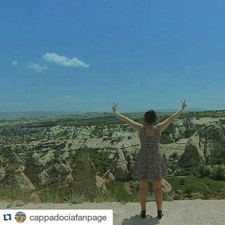 @cappadociafanpage ekibine teşekkür ederim 💐💐💐 ・・・ Buralar zamanında hep tarlaydı 👗 Gununkaresi Istanbulpage Repo  Fotografheryerde Ig_photo_life Fotografdukkanim Fotograf_atolyesi Turkobjektif Suretialem Hayatakarken Objektifimden Vscocu Cappadociafanpage Cappadocia Göreme ürgüp Balloons Balon