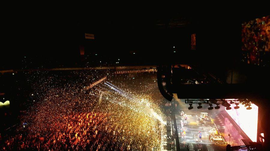 Confetti is like happy drug Confetti 24kmagicworldtour 2018 Brunomars Adventures In The City 2018 Entertainment