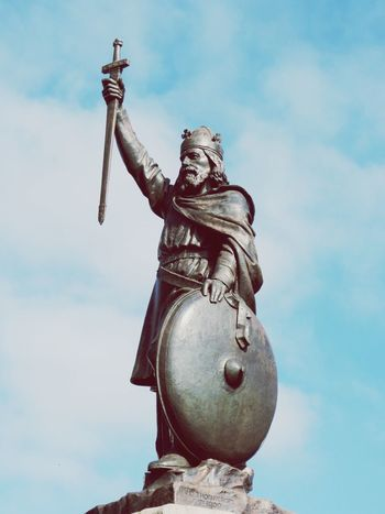 Statue Sculpture Human Representation Sky Cloud - Sky History Travel Destinations Mythology Memorial Blue No People City Shield Outdoors Day Architecture Representing King - Royal Person Royal Person KingAlfred Winchester EyeEmBestPics EyeEm Gallery EyeEm Best Shots