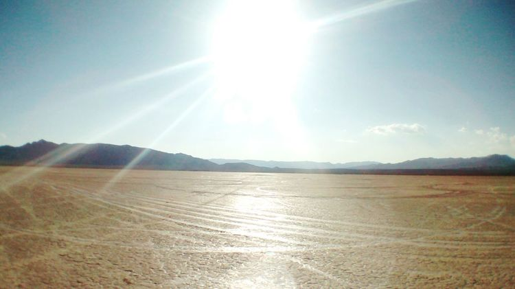 Sunlight Sun Scenics Sunbeam Sunny Mountain Range Bright Blue Day Remote Wide Angle Lens Wide Angle View Salt Flats Las Vegas Hanging Out Check This Out Taking Photos