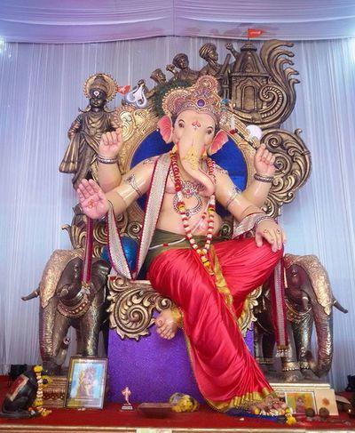 Maghi Ganeshutsav 2016 Kandivali cha shree 2016    Bappa Photography    @mum_ganpati @cpravin46 @vishal_7171 @ufcgroup @raja_mumbaicha @ganraj1959 @malad_cha_morreshwar @shreee_ganesha @lower_parelcha_ladka @lowerparelchikulswamini @lower_parelcha_ladka @lowerparelchaladka @lower_parelcha_raja Indianphotographersclub Mobilephotography PhonePhotography Samsunggalaxygrand2 Ganesh Ganesha Ganeshustav Mumbaikar @mumbai_explorer @rahul.nwnc Bappa @bappa_majha_official @bappamajapune30 @ganpati.bappa Maghiganeshustav2016 Ganesh_chaturthi @lalbaugcharaja34 @lalbaugcharaja34 @mumbaibizarre
