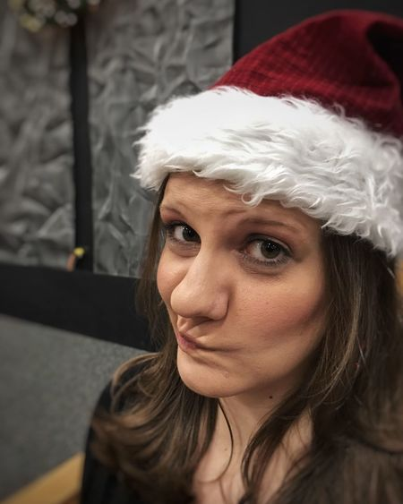 Real People One Person Front View Focus On Foreground Headshot Leisure Activity Young Women Lifestyles Indoors  Portrait Young Adult Close-up Day Elf Santahat